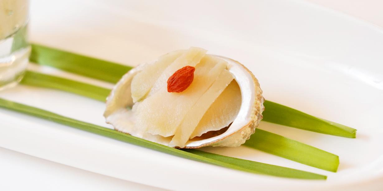 屋久島産とこぶしの味噌漬け