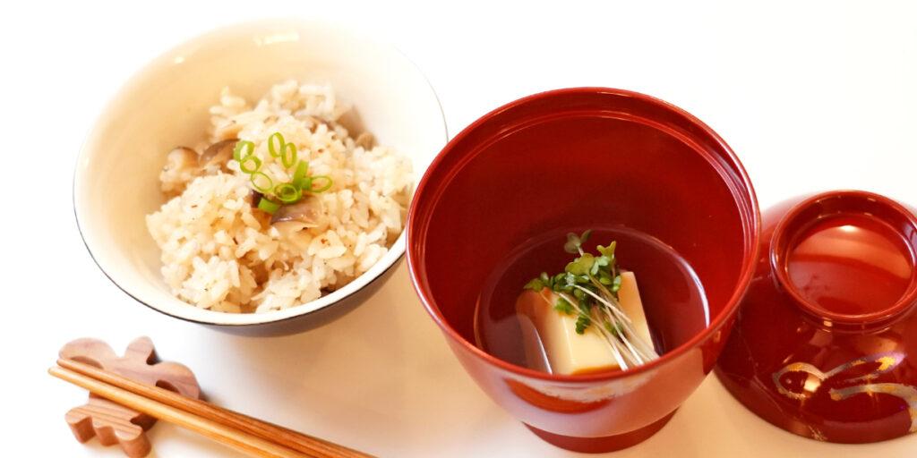 きのこの炊き込みご飯 玉子豆腐のお吸い物