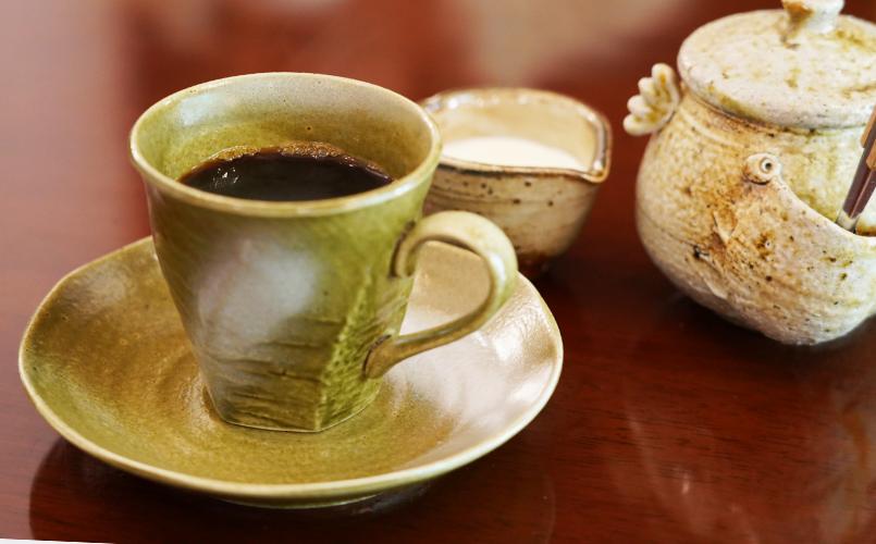 食後はコーヒーでホッと一息